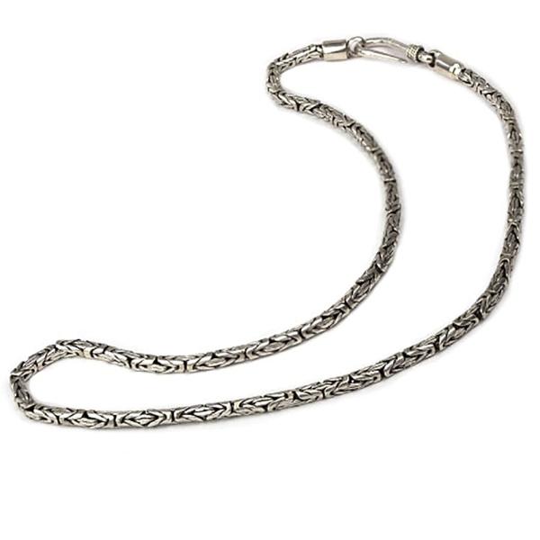 Handgearbeitete, runde Halskette Königskette aus 925er Sterling Silber mit Hakenverschluß.