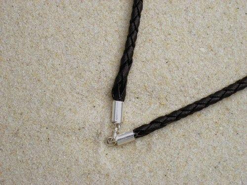 Halskette aus Leder