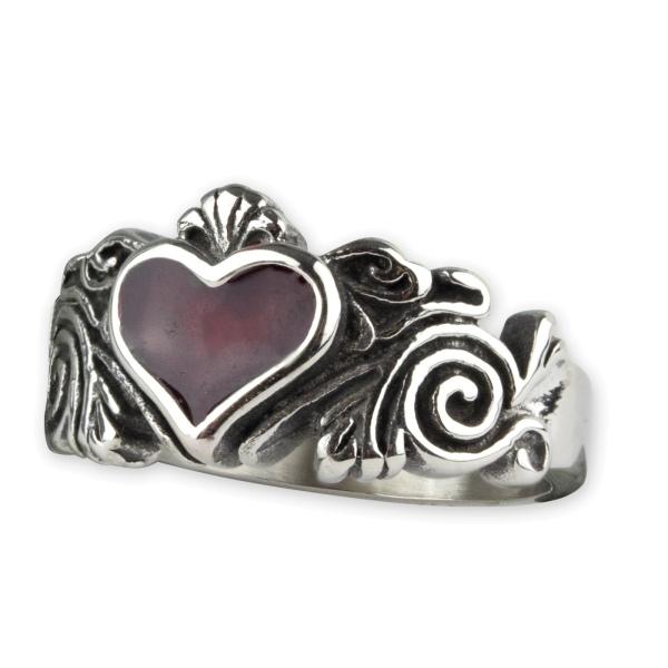 Ring Rotes Herz mit Ornamenten aus Edelstahl