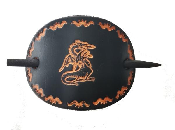 Schwarze Lederhaarspange Drache mit Holzstab